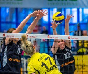USC Muenster gewinnt 3:1 gegen Ladies in Black aus Aachen. Gespielt wurde in der Volleyball Halle Berg Fidel in Münster.